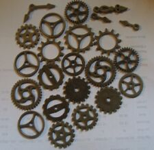 20 MEDIUM SIZE COGS AND GEARS SIZES BETWEEN 20MM18MM16MM 12MM IN  BRONZE