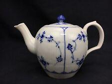 """Royal Copenhagen Teapot & Lid Blue Fluted Half Lace Border 611 4 Cup 5 1/4"""""""