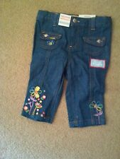 NWT SUPER CUTE GIRLS DENIM JEANS PANTS CAPRI EMBROIDERED FLOWERS 18 MONTHS