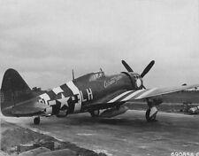 WWII B&W Photo P-47 Thunderbolt D-Day Marking WW2 /5068