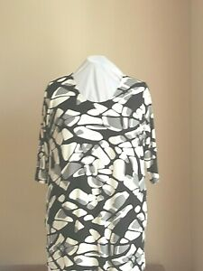 NWOT SIZE 26/28 FIT 1647 3 STUNNING PRINT SLINKY JERSEY A-LINE TUNIC TOP