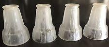 Muller frères Luneville, 4 tulipes Art Deco pour lustre ou lampe en verre moulé
