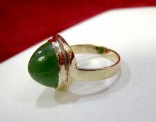 UNUSUAL 14K YELLOW GOLD NATURAL GREEN TRIANGLE EDGE SHAPE JADE RING SIZE 5.5