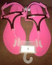 New Rouge Helium Pink T-Strap Sandals U.S. Size 6