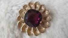 Vintage Goldtone Square Facet Cut Amethyst Glass Round Flower Brooch