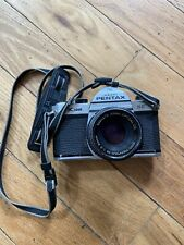 Pentax K1000 SE 35mm SLR Film Camera w/ Pentax-M 1:2 50mm Lens