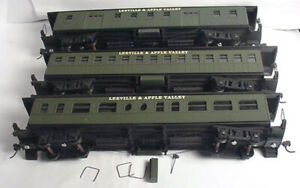 """""""3"""" Old Time Passenger Cars, Decaled Leeville & Apple Valley.AS PICTURED.HO 1:87"""