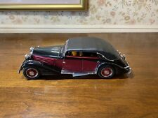 New ListingFranklin Mint 1:24 Diecast Model 1939 Maybach Zeppelin