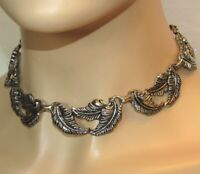 Vintage High End Detailed Silver Tone Metal Chain Link Leaf Choker Necklace