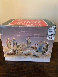 Nativity Set Porcelain 16 Piece w Manger / Shelter Christmas Holiday Xmas story
