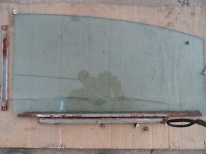 1960 60  Pontiac Catalina 4- DOOR  sedan WINDOW GLASS  Right Rear, with track