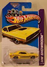 '71 Dodge Challenger 2013 Hot Wheels HW Showroom Yellow MOPAR HEMI