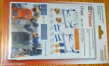 Preiser HO #17186 Equipment for Vehicle Shop (Kit Form: Plastic Parts)