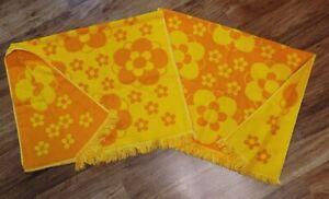 Vtg MOD Orange Yellow FLOWER Bath Towel 70s Cannon? Set of 2 FANTASTIC CONDITION