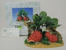 Fitz And Floyd Charming Tails Sometimes Love Is Berry Shy Figurine 84/125