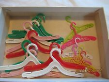 Barbie clothes hangers mixed 17 count, skipper, Francie, Barbie