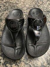FitFlop Micro Wobble Board Women's Black Patent Leather Flip Flop Sandals Sz 5 M
