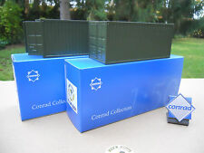 VEHICULE MILITAIRE CONRAD (2) CONTAINERS 20 PIEDS PORTES OUVRANTES OLIVE DRAB
