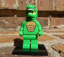 LEGO Minifigures 8805 Series 5 Lizard Man with stand, checklist & opened pack