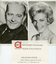 BETTY JOHNSON EDDIE FOY JR SMILE PORTRAIT WESTINGHOUSE PRESENTS '61 ABC TV PHOTO