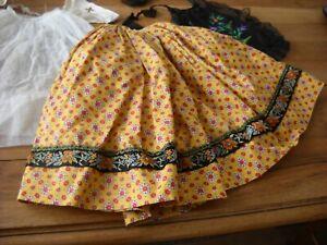 Poupées anciennes - costume provencal pour poupée mannequin  45/50 cm.
