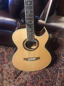 Ibanez Performance PF PC300CENT1203 Electric / Acoustic Guitar With Case !