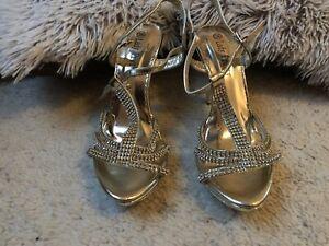 Damen Sandaletten Gold Riemchensandaletten Metallic Stiletto High Heels Gr. 36