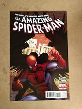 AMAZING SPIDER-MAN #674 FIRST PRINT MARVEL COMICS (2012)