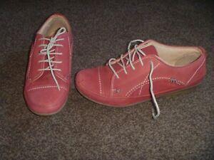 Moshulu -'Colours' Ladies Shoes -Size  7 UK (EU 40) - Low Heel -Lace Up-Flexible