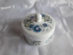 Wedgwood Clementine round trinket box