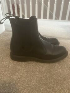 Dr. Martens Smooth Leather Flora Chelsea Boots. Size 6