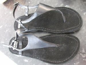 CLOUD 9 NINE WEST BLACK LEATHER TOE POST SHOES SIZE 71/2 M  WORN ONCE