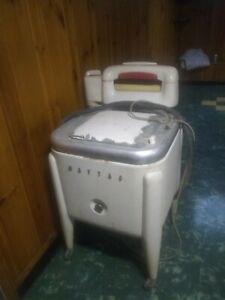 Antique MAYTAG WRINGER WASHER E2L Washing Machine Vintage