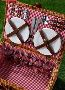 4 Person Traditional Picnic Hamper Wicker Basket Outdoor Camping Garden Gift