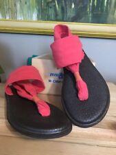 Sanuk Size 7 YOGA SLING 2 Pink Fabric Thong Slingbacks Sandals Womens Shoes