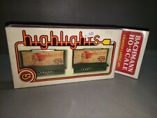 TWO BILL BOARDS HIGH LIGHT - BACHMANN SCALE H0 ( REF AA424014) NEW/OLD STOCK
