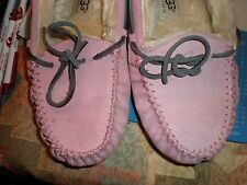 UGGS moccasins girls kids shoes size 1 pink FLATS UGG AUSTRALIA