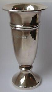 Silver hallmarked vase Birmingham 1964, 38.4g standing 9.3cm high fine condition