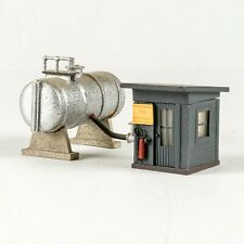 Vintage All Metal Fueling Shed with Tank - HO Scale