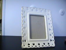 Cream Glass Picture Frame 5x7 Heart Border with Gold Trim