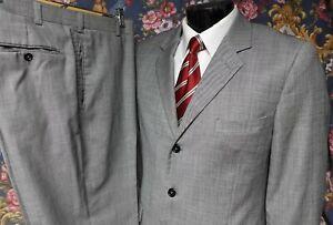 Caravelli Italian Super 150's Steel Gray Sharkskin Suit 44R