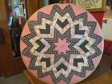 HAND QUILTED STAR DESIGN COLORFUL ROUND WOODEN HOOP WALL ART - EXCELLENT COND.