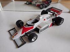 Bburago Burago F1 Formula 1 McLaren MP4/2 Prost in White on 1:24