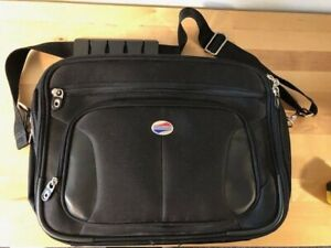 American Tourister Briefcase New/no Tags. 14.5x11x5 Removable Strap/Top Handle