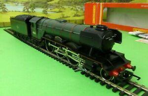 Hornby R059 BR 4-6-2 Class A3 Loco 60061 PRETTY POLLY green Limited Edition (g)