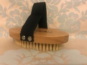 GATINEAU Dry Body Brush