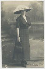 Foto/AK signora con cappello chic (t71)