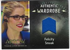 Arrow 3 Relic Wardrobe Costume Card Felicity Smoak Emily Bett Rickards M03 M-03