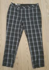 Cutter & Buck capris size 14 plaid black