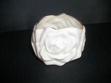 GEORGE GOOD WHITE COLOR w/ LEAVES ROSE SHAPE ROMANTIC ELEGANT TABLE CANDLE